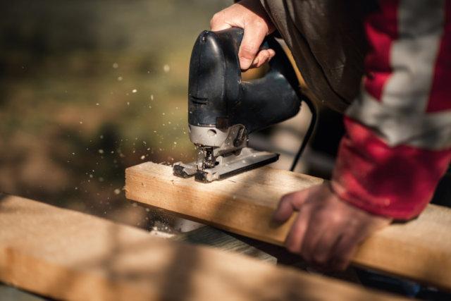 jigsaw used to cut decks